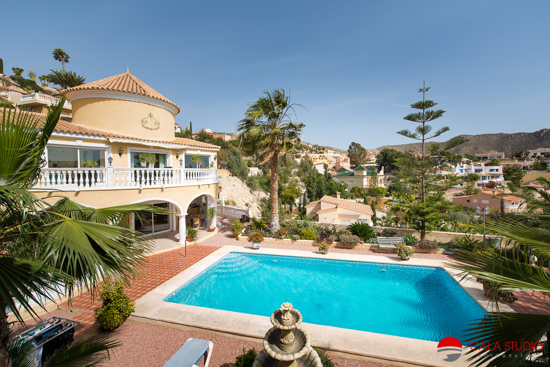 Professional Real Estate Photographer Costa Blanca Coveta Fuma