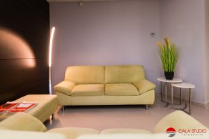 Alicante real estate photographer office to let