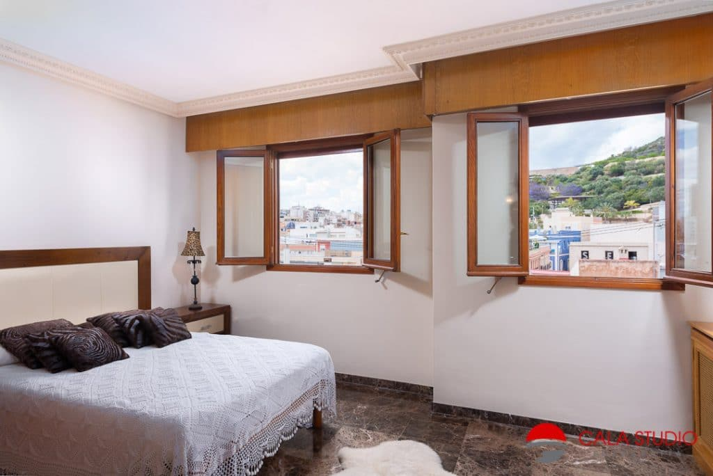 Photographer Alicante Airbnb Holiday rental Flat First Line